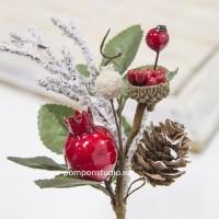 Букетик декоративный с ягодой и шишкой
