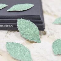 Бумажные листья с глиттером (мятный) 8 шт.