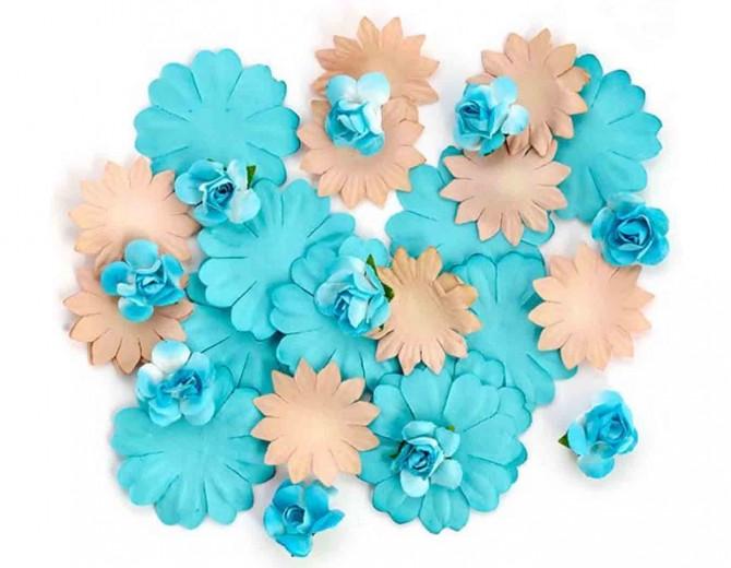 Цветы бумажные для скрапбукинга 30шт. бежево-голубые