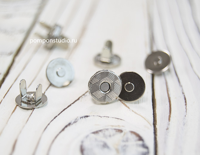 Кнопка магнитная 10 мм круглая