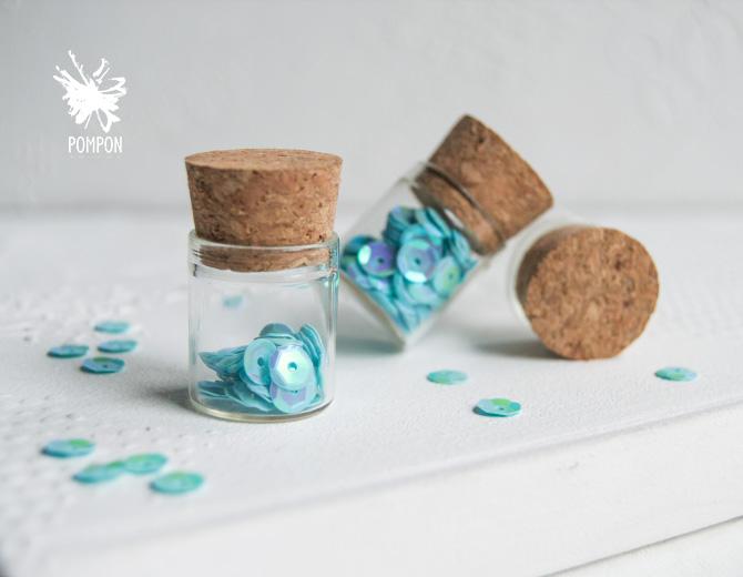 Бутылочки стеклянные 25х22мм (3 шт)