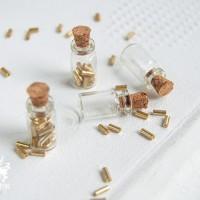 Бутылочки стеклянные 18х10х5мм (5 шт)