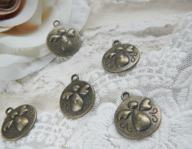 Подвеска-медальон Ангел