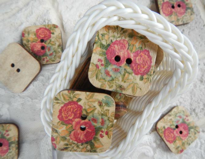 Пуговицы деревянные с рисунком