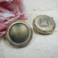 Медальон с секретом